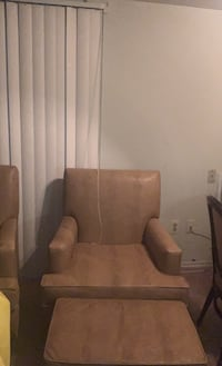 Arm chair with ottoman I have two  Oxon Hill, 20745