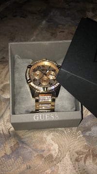 Guess Diamond Watch  Calgary, T2H 1Y7
