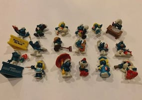 Vintage collectible smurfs