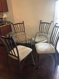 Dining Set with 4 Chairs Nashville, 37201