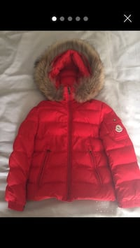 Moncler jacket  London, NW4 1DJ