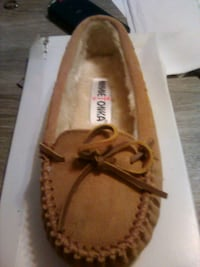 new in box size 5 women's Beebe, 72012