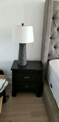 Set of 2 nightstand and lamp West New York, 07093
