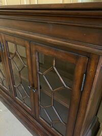 Chest cabinet Vaughan