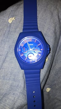 round blue Fossil chronograph watch with strap Paris, 40361