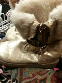 Guess ugg style Gold boots size 10 Fort Worth