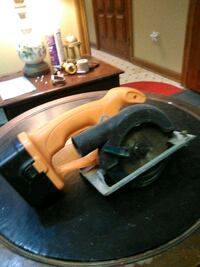 18 volt rechargeable circular saw. Good condition . No battery charger