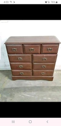 Chest of drawers East Orange, 07017
