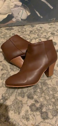 Beautiful vegan brown leather boots Nashville, 37209