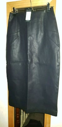 Black pencil skirt Greater London, N18 2JP