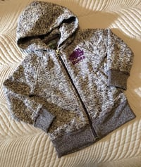Roots Kids Zippered Hoodie Like New Size 3T Toronto, M9C 4W1
