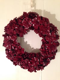 Handcrafted red pine comb flower wreath Mississauga, L5J 1V8