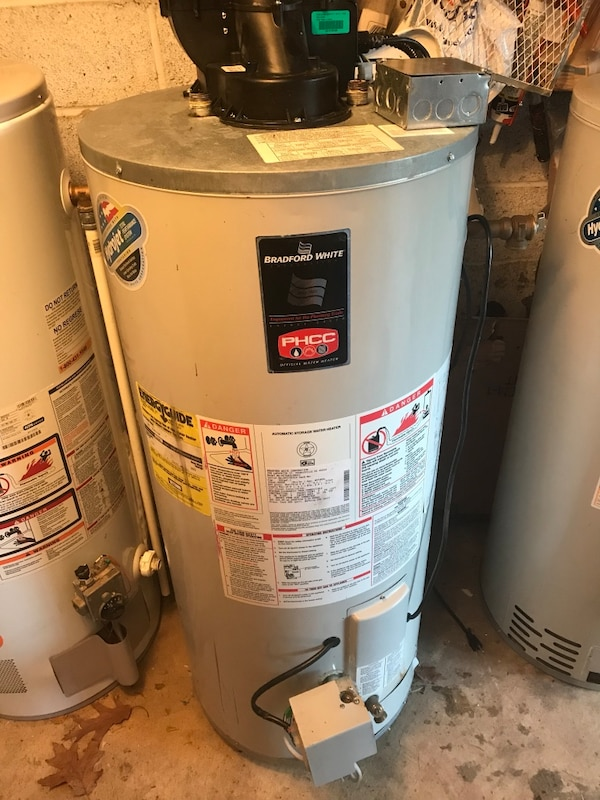 Useddford White Gas 40 Gallon Power Vent Short Water Used Great Condition Water Heater Is A 40 Gallon Short For Sale In Philadelphia Letgo