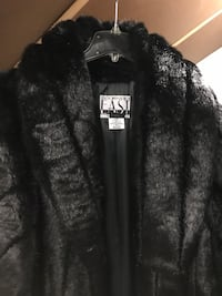 Black east fur jacket Kutztown, 19530