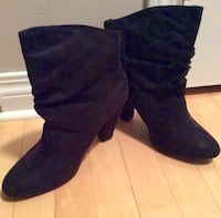 Black Suede Ankle Boots Size 8/8.5 Calgary, T2Z