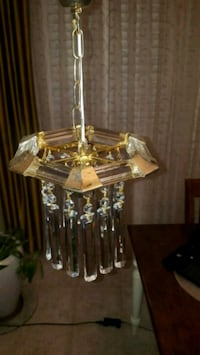 Crystal chandelier/ light fixture
