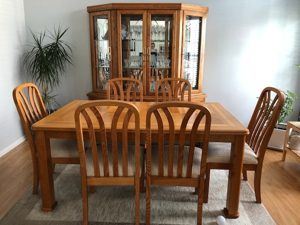 Dining room set! Price reduced!