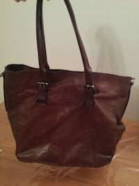 brown leather leather shoulder bag Montréal, H2P 1Z3
