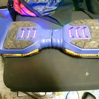 Hoverboard like new used once fell hate it