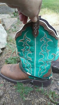 pair of green-and-brown leather cowboy boots Everton, 65646