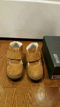 New Kenneth Cole Toddler Tan wool lined inside Markham, L6E 2B6
