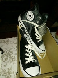 black-and-white Converse All Star high tops Winchester, 22603