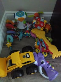 toddler's assorted plastic toys Oshawa, L1H 3E4