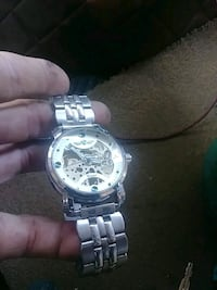 round silver-colored chronograph watch with link bracelet Forest Grove, 97116