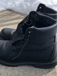 Timberlands women's size 8 Toronto, M9V 2Y8
