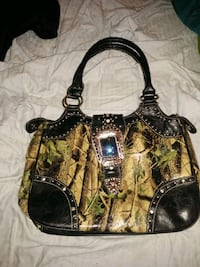 Montana west camo purse Hagerstown