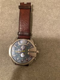 Diesel leather watch Newark, 07102