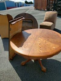 Oak table 4chairs Middletown, 22645
