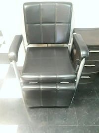black and gray leather padded armchair Fort Myers, 33967