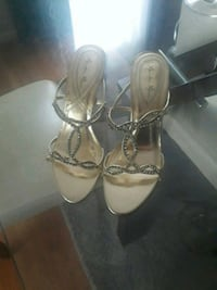 pair of gold open-toe heels Hampton, 23666