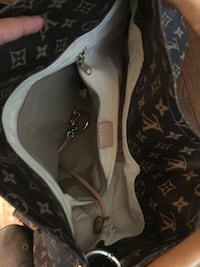 Black and brown louis vuitton leather shoulder bag College Station, 77845