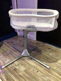 Halo Bassinet Swivel Sleeper Doral, 33178