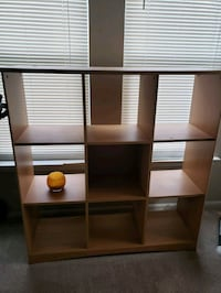 nice bookcase for sale very nice condition  Ashburn, 20147