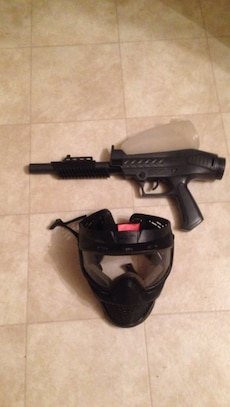 Pump semi paintball gun w mask