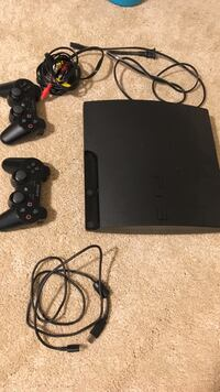 black Sony PS3 slim console with controllers Silver Spring, 20901