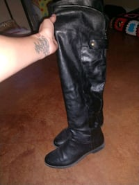 Women's tall boots size 9 Moore, 73160