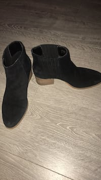 Pair of black suede round-toe chunky heeled booties Surrey, V3T 3Y1