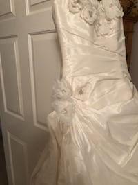 Brand new never worn or altered wedding dress DALLAS