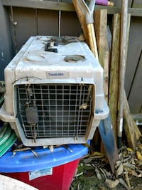 Pet crate carrier taxi travel aire Edgewood, 41017
