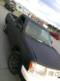 Steal for almost running 2000 NISSAN FRONTIER XE