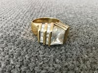 Vintage gold and zirconia ring Langley City, V1M 3T4