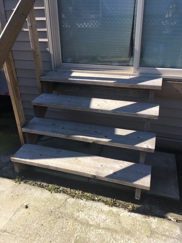 4 step staircase