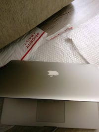 Apple MacBook Pro 15' retina Düzce