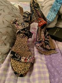 pair of brown-and-black leopard print pumps New York, 10027