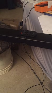 Insignia sound bar with remote  New York, 11234