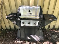 Gas grill... works great.  Wilmington, 28412
